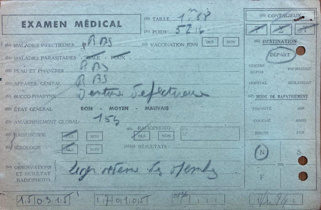 Examen médical à sa sortie du camp [DAVCC 21 P 617493]